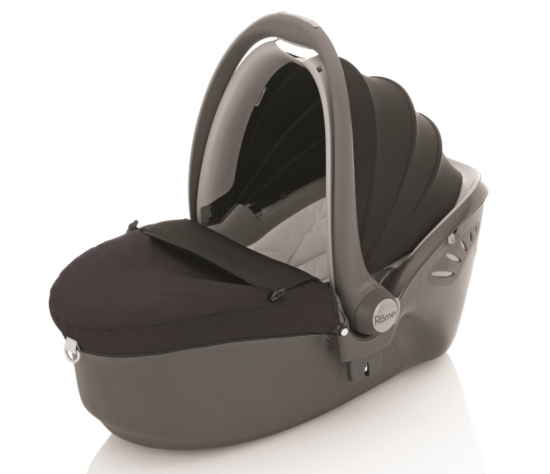 r mer baby safe sleeper buy at kidsroom car seats. Black Bedroom Furniture Sets. Home Design Ideas