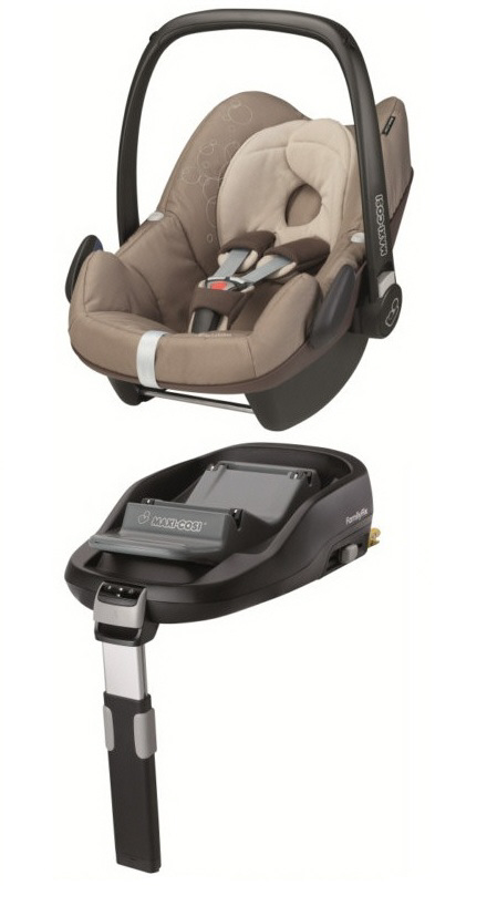 maxi cosi pebble including familyfix base 2014 walnut brown buy at kidsroom car seats. Black Bedroom Furniture Sets. Home Design Ideas