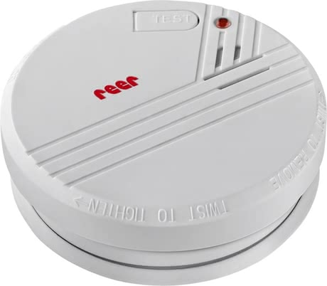 Reer Smoke Detector -  * Smoke and fire often surprise people in sleep without them noticing anything. Equipped with the latest photoelectric technology, the Reer smoke detector alerts you reliably with a very loud signal (85 db) even when there is only the slightest smoke emission.