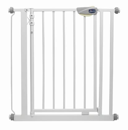 Chicco Child Safety Gate - * With the Chicco safety gate you can border dangerous sections