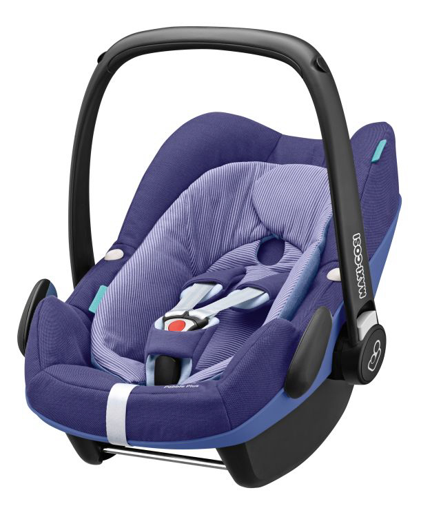 maxi cosi infant car seat pebble plus 2017 river blue buy at kidsroom car seats. Black Bedroom Furniture Sets. Home Design Ideas
