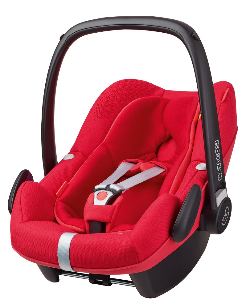 maxi cosi infant car seat pebble plus 2016 origami red buy at kidsroom car seats. Black Bedroom Furniture Sets. Home Design Ideas