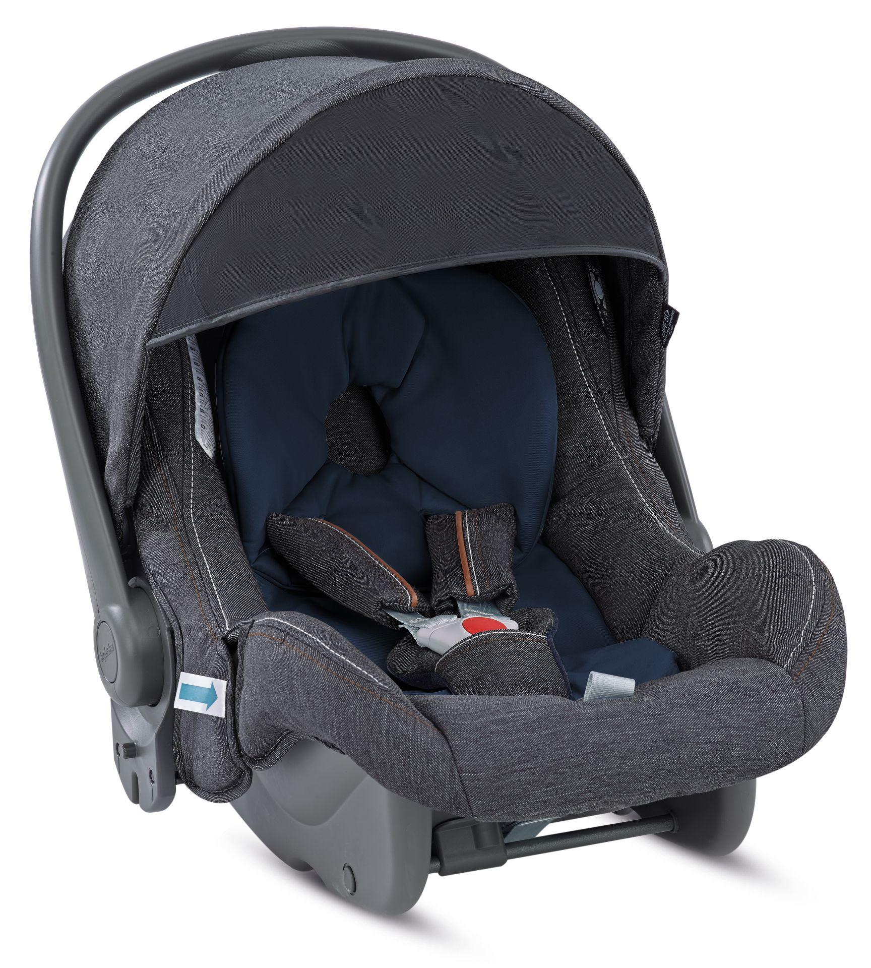Inglesina Infant Car Seat Huggy Multifix 2018 Village