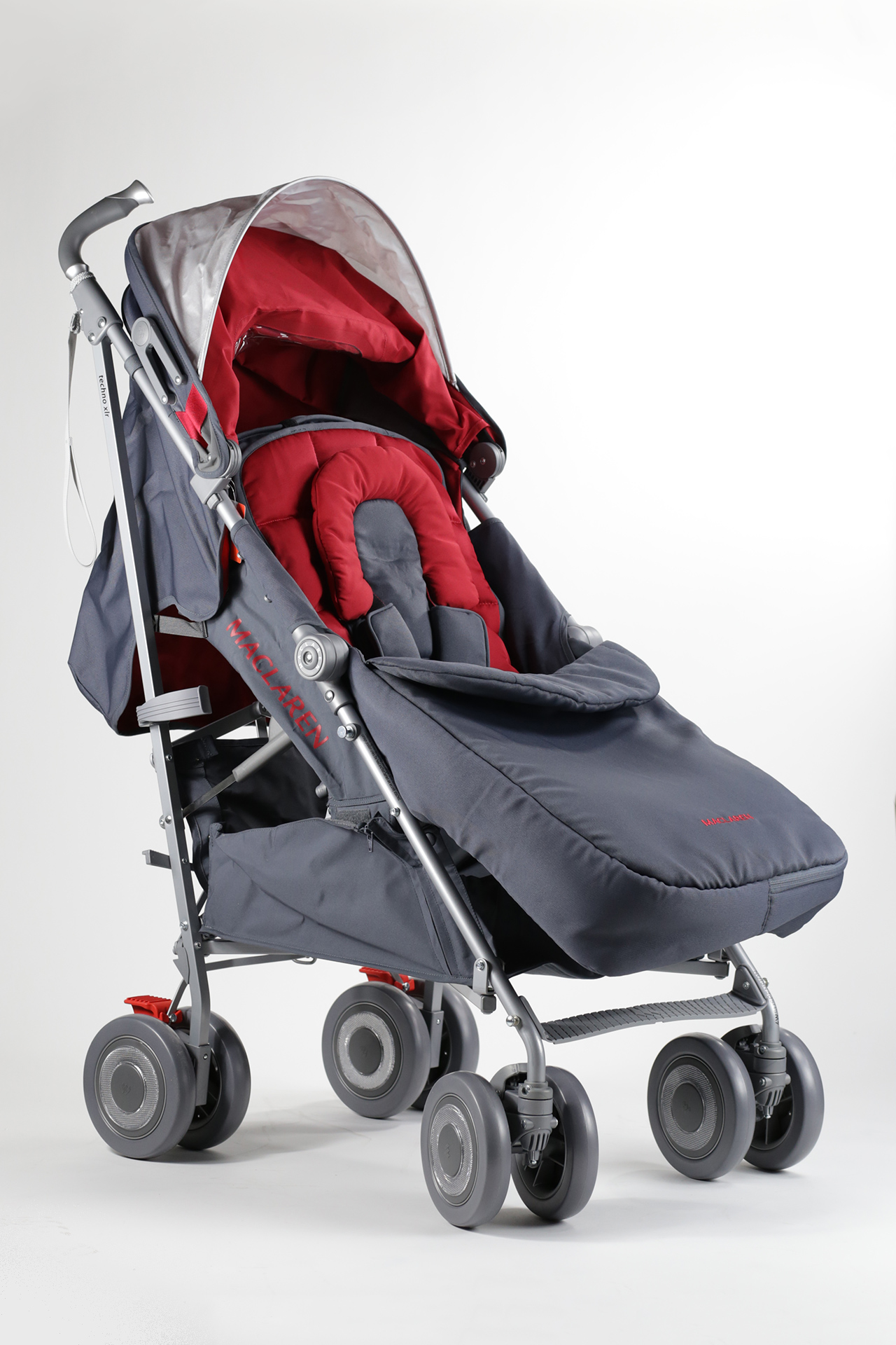 maclaren stroller techno xlr 2015 scarlet buy at kidsroom strollers. Black Bedroom Furniture Sets. Home Design Ideas