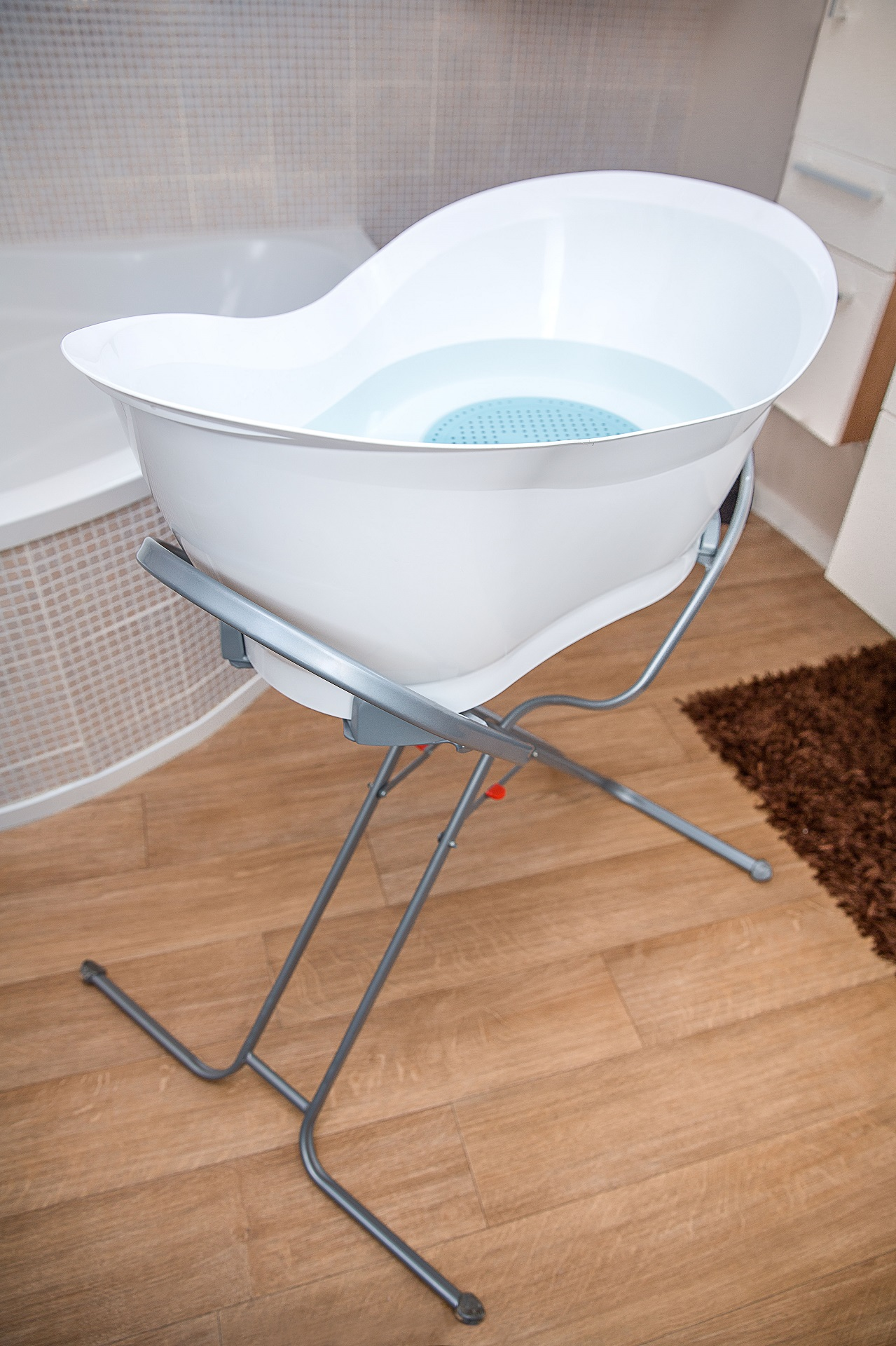Babymoov Aquanest Baby Bathtub - Buy at kidsroom | Baby care