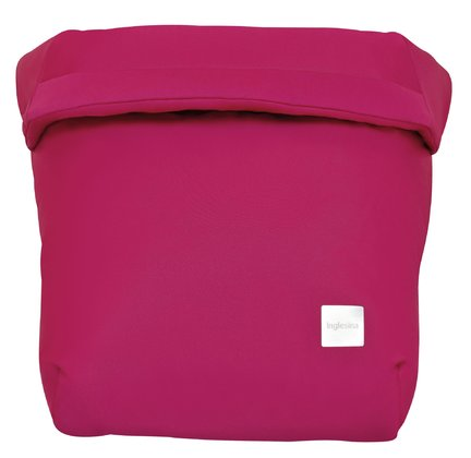 Inglesina Zippy Light Protective Blanket - * Inglesina Zippy Light safety blanket – The safety blanket will keep your little one warm on colder days.