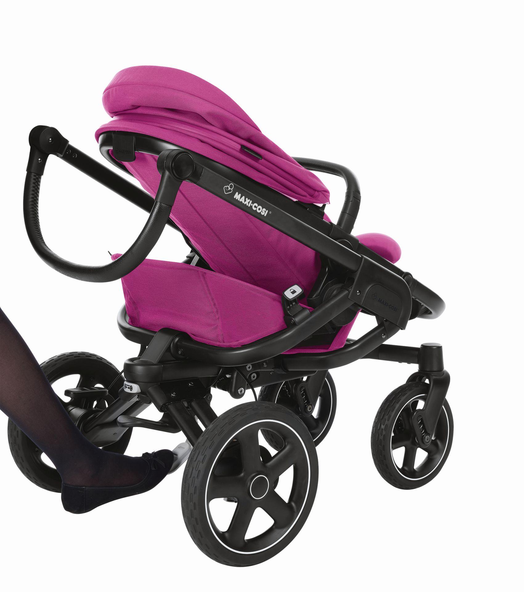 maxi cosi 4 wheels stroller nova 2018 frequency pink buy at kidsroom strollers. Black Bedroom Furniture Sets. Home Design Ideas