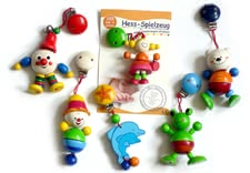 Hess Wooden Clip-On Toy - * The colourful wooden clip figures offer a great variety and can be taken everywhere and at all times.