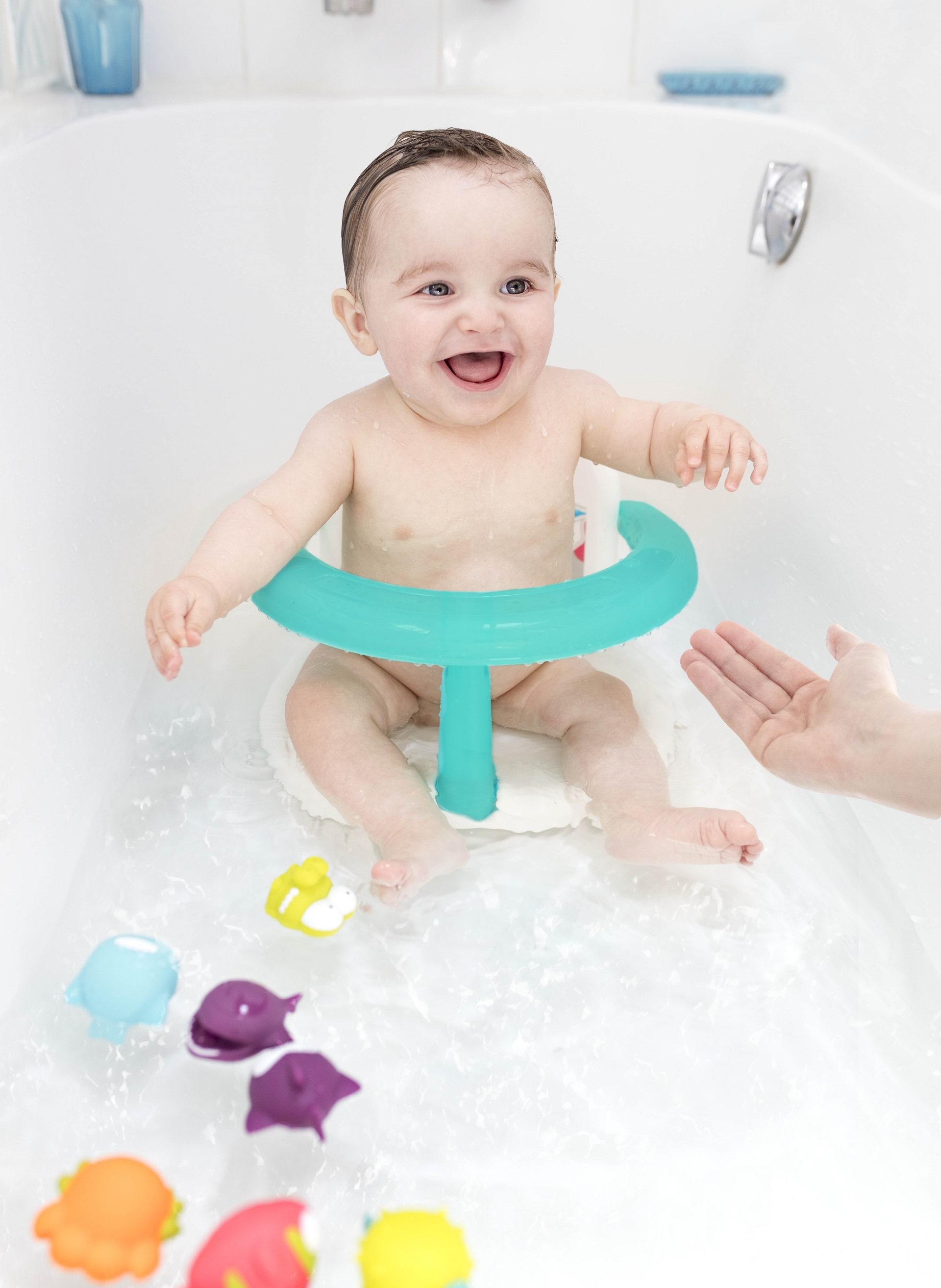 Badabulle Folding Bath Seat - Buy at kidsroom | Baby care