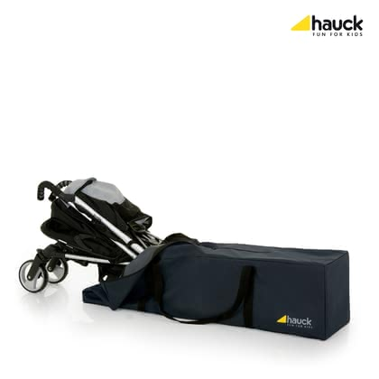 "Hauck Buggy Bag ""Bag Me"" -  * No matter if you fancy land, air or sea travel, the Hauck Buggy Bag ""Bag Me"" is the ideal companion that keeps your buggy safe and protected wherever you go."