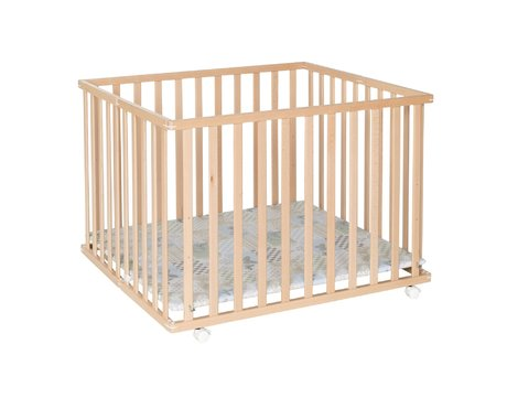 Geuther Playpen Leela, 94 x 102,5 cm -  * The playpen Leela by Geuther is the space-saving version of a standard playpen.