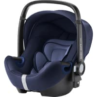 Britax Römer Infant Car Seat Baby Safe 2 i-Size -  * The infant car seat Baby Safe 2 i-Size by Britax Römer offers plenty of space to grow and provides a flat recline position.