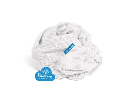 AeroSleep Perforated Fitted Sheet -  * The AeroSleep mattress protector ensures that your child can breathe safely. Naturally, this includes a matching fitted sheet too.