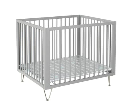Geuther Playpen Marit -  * Elegant and stylish! With the chrome-plated feet, the Geuther playpen Marit emphasises its the features of a modern style of living.