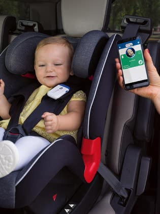 Chicco BebèCare Easy-Tech Safety Clip -  * The Chicco BebèCare Easy-Tech is a safety-related accessory for your child car seat, which reminds you that your child is still sitting in the child car seat when getting out of the car.