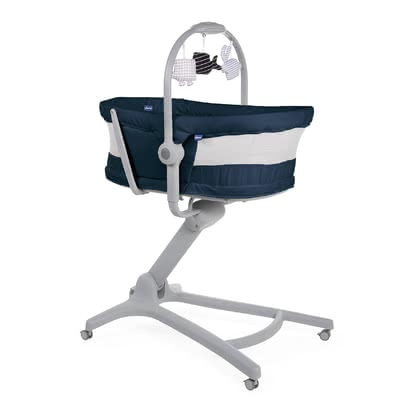 Chicco Baby Hug 4 in 1 Air -  * The new Chicco Baby Hug Air is equipped with mesh windows on both sides and thus guarantees increased air circulation and better eye contact.