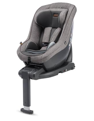 Inglesina Child Car Seat DARWIN i-Size including Base -  * Easy handling paired with Italian design – that the Inglesina child car seat DARWIN that comes in a practical set with the matching i-size base.