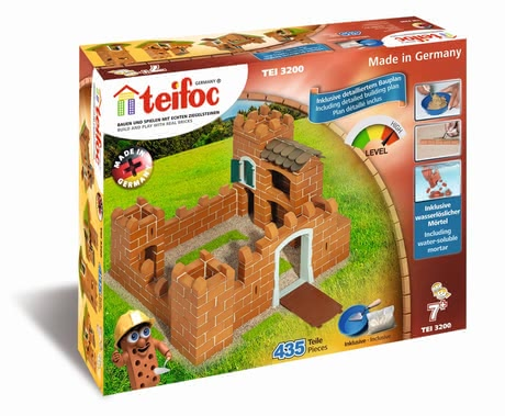 teifoc Steinbaukasten Ritterburg - Small castle lords and enchanting castle maiders can let their imagination run wild when building the big castle.